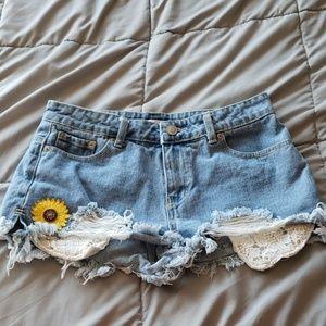 Hot Kiss Shorts Size 3